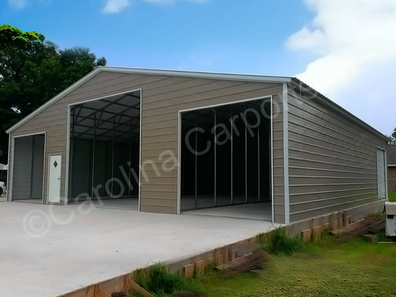 Vertical Style Seneca Barn Fully Enclosed